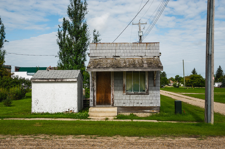 House (Newdale, Manitoba)
