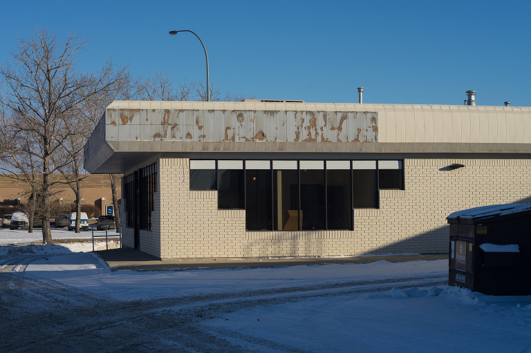 Former Enterprise Rent-A-Car/Robin's Donuts (King Edward Street).