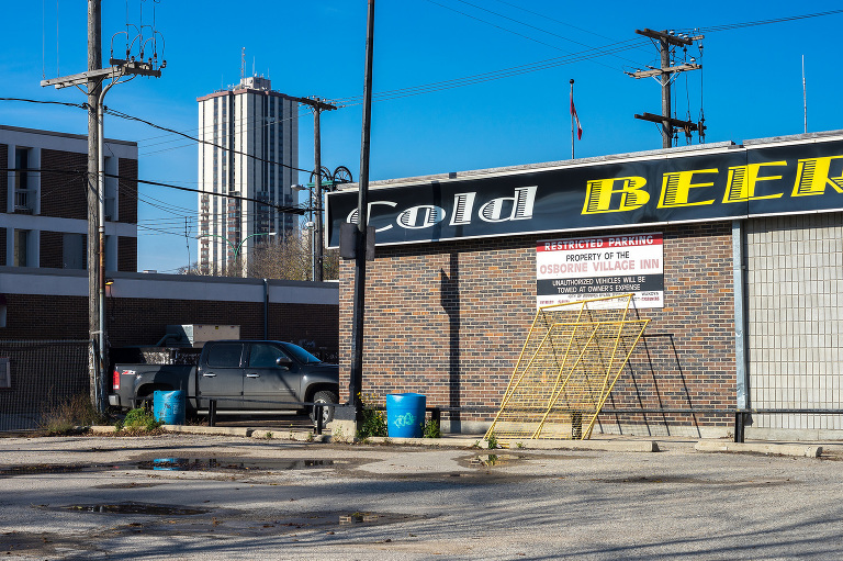 Cold Beer (Wardlaw Avenue).
